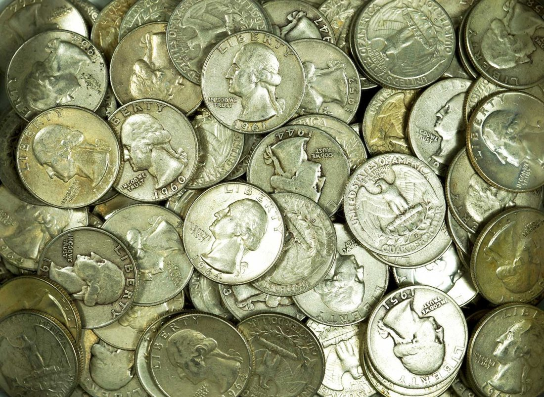 Group of (132) US Silver Washington Quarters, 1940s to