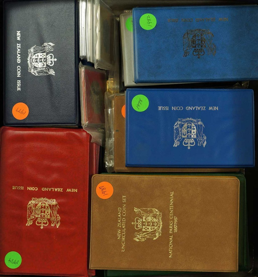 New Zealand (44) Proof Coin Sets, Commemorative Sets, - 2