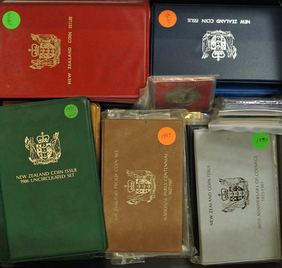 New Zealand (44) Proof Coin Sets, Commemorative Sets, - 3