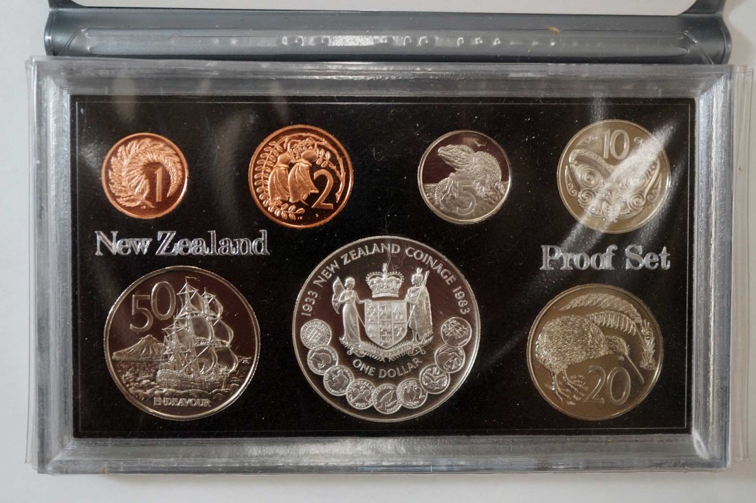 New Zealand (44) Proof Coin Sets, Commemorative Sets, - 7
