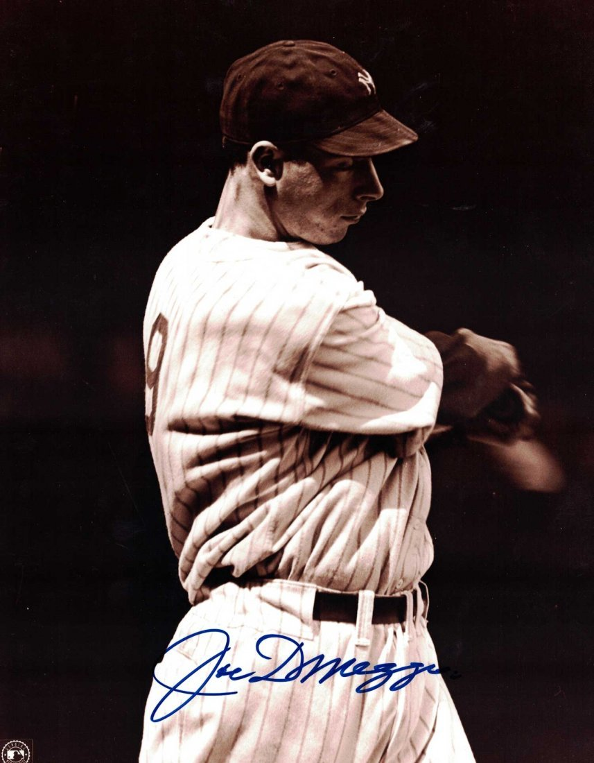 Joe Dimaggio Signed Photograph. Unframned, 10'' x 8'',