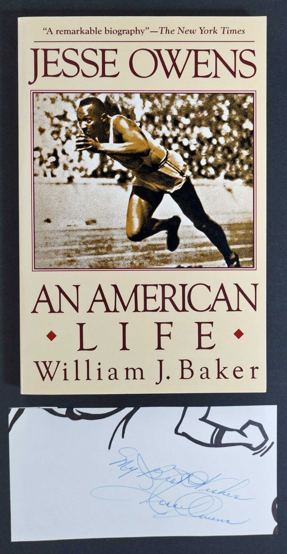 Jesse Owens Authentic Cut Signature and book {An - 2