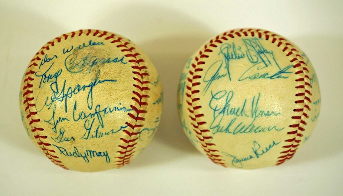 Seattle Angels Pair of Signed Team Baseballs. Both - 3