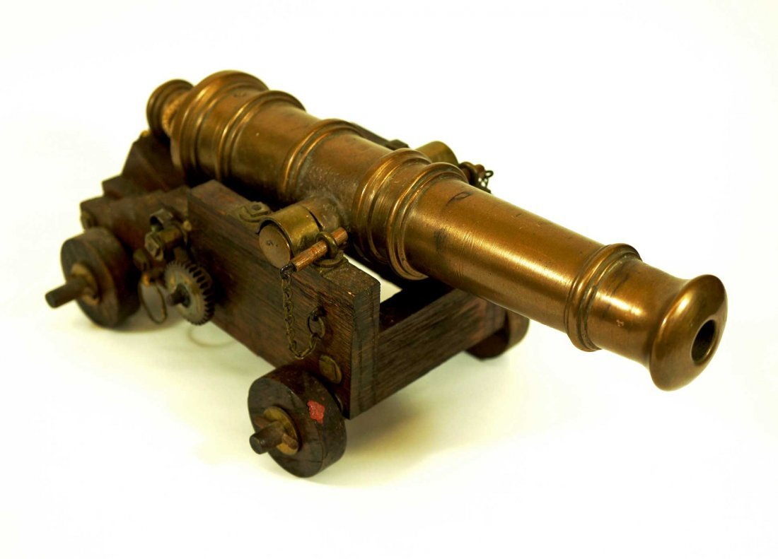 Model Cannon, Solid Brass on Wooden Base, cannon
