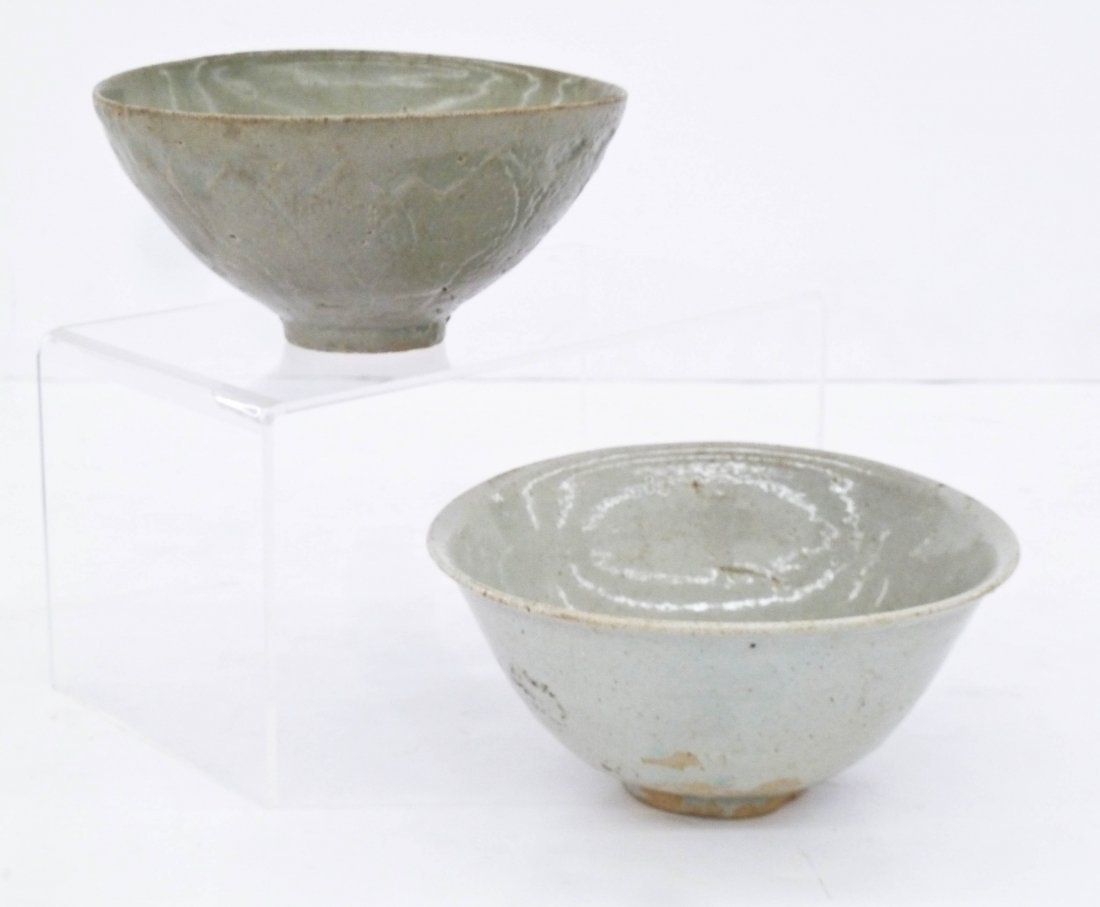 2pc Ancient Korean Ceramic Bowls. Includes a celadon