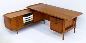 Arne Vodder for Sibast Denmark Teak Desk with Return.