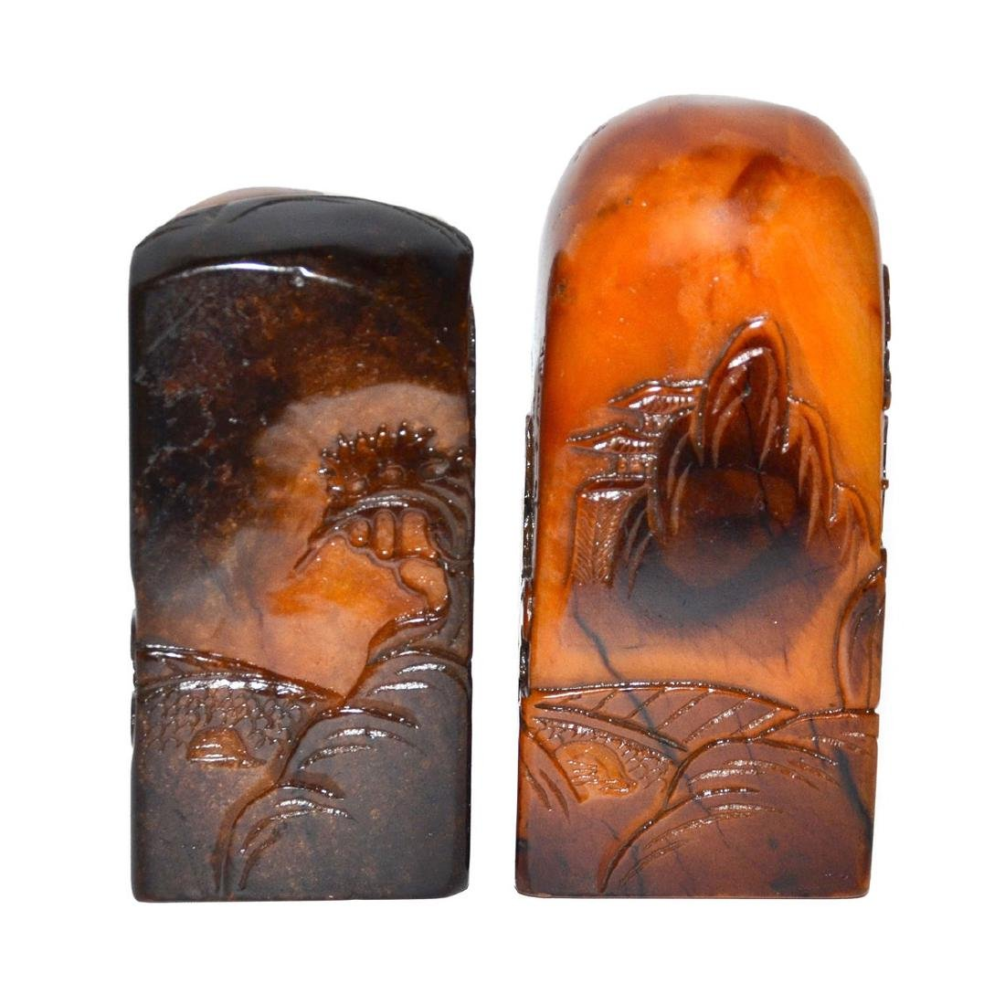 Two Crow-skin Shoushan Stone Seals Relief Carved with - 3