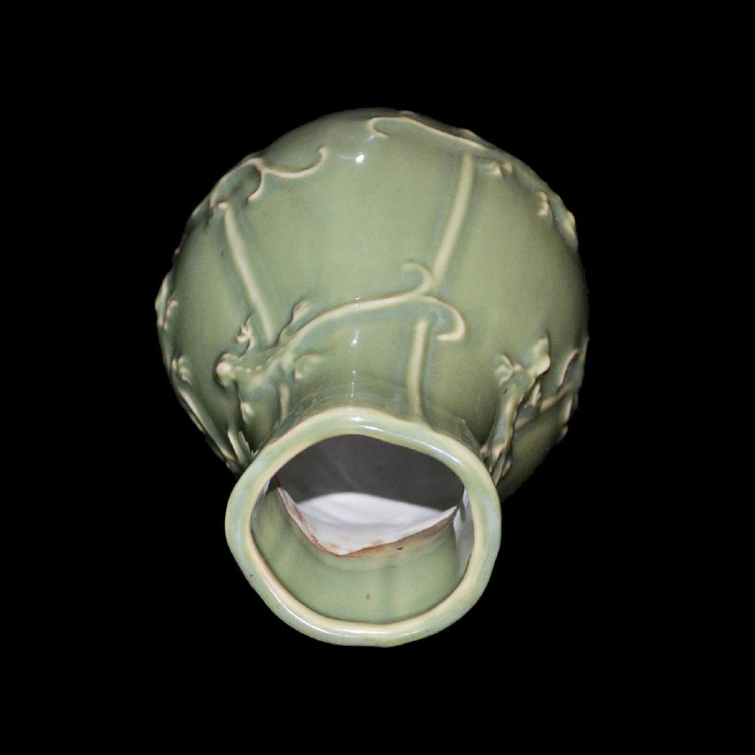 Yuan Dynasty, A Longquan Celadon Hexagonal Lizard Vase - 4