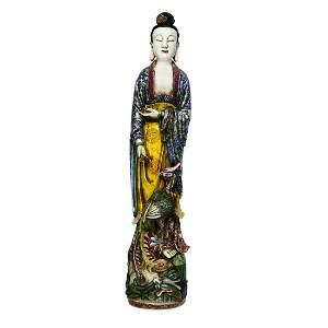 Qing, A Very Fine Jingdezhen Kiln Famille-rose Guanyin