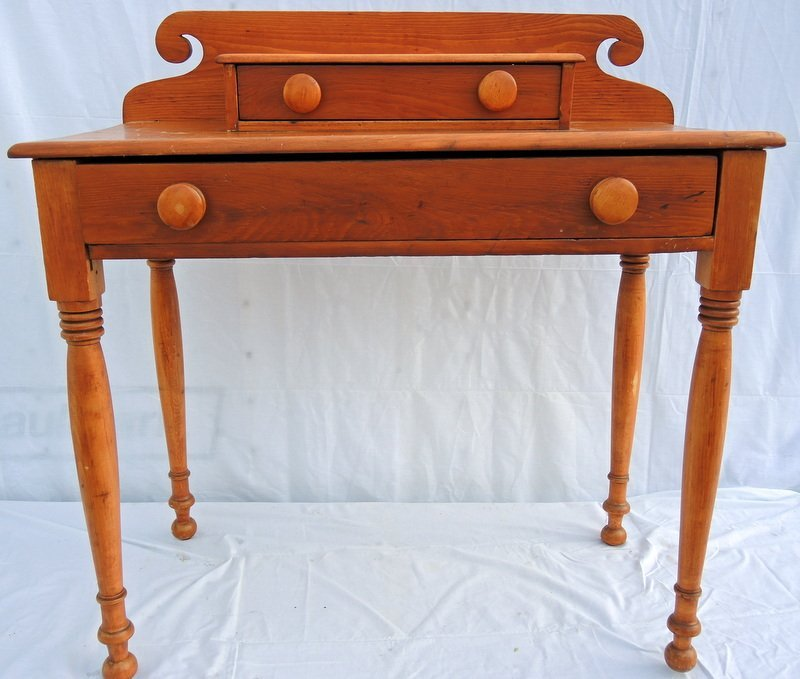 Sheraton Decked Pine Dressing Table