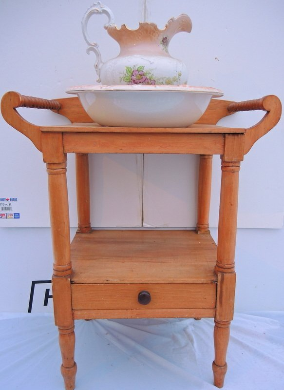 Early American Spool Style Wash Stand and Pitcher and