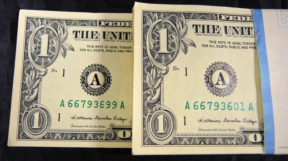 100 Uncirculated One Dollar Bills - 2