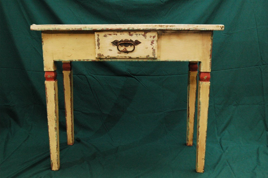 4: Shabby Chich Table