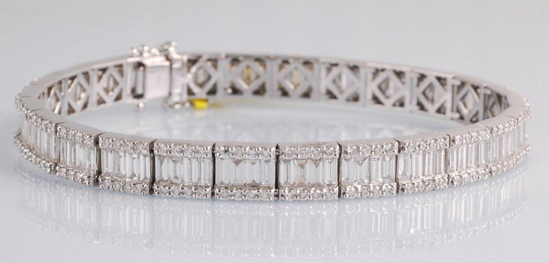 14: 7.38 ct Diamond Baguette Bracelet