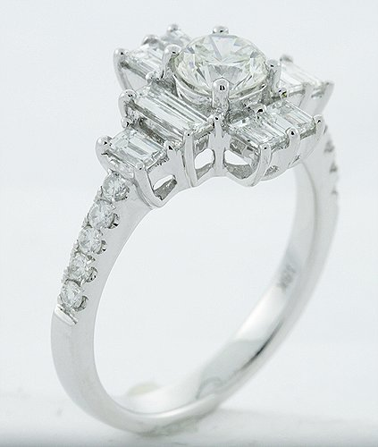 4: 18K 1.56 ct Diamond Ring