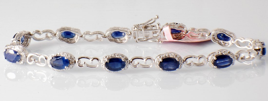5B: 7.04ct Sapphire and Diamond Bracelet in White Gold