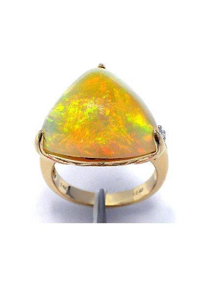 12.40 ct Opal & .05 ct Diamond Ring