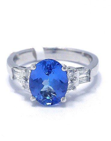 2.13 ct Tanzanite & 0.28 ct Diamond Ring