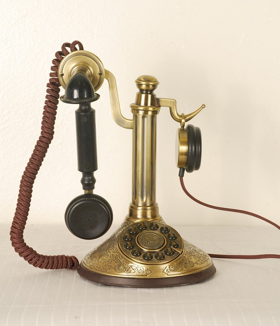 Paramount Collection Vintage Style Telephone