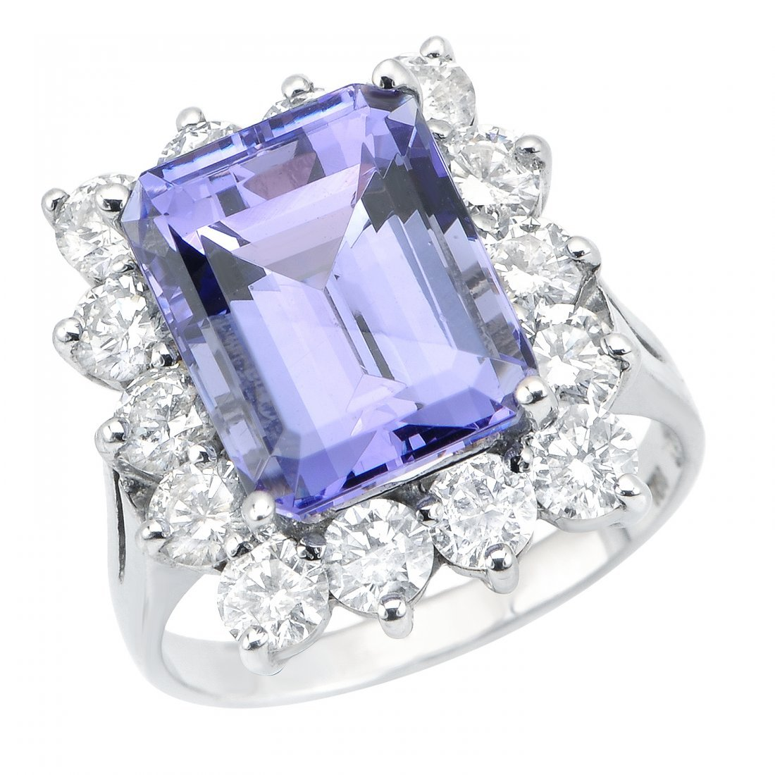 Tanzanite  (8.03 ct) & Diamond (2.20 ct) Ring