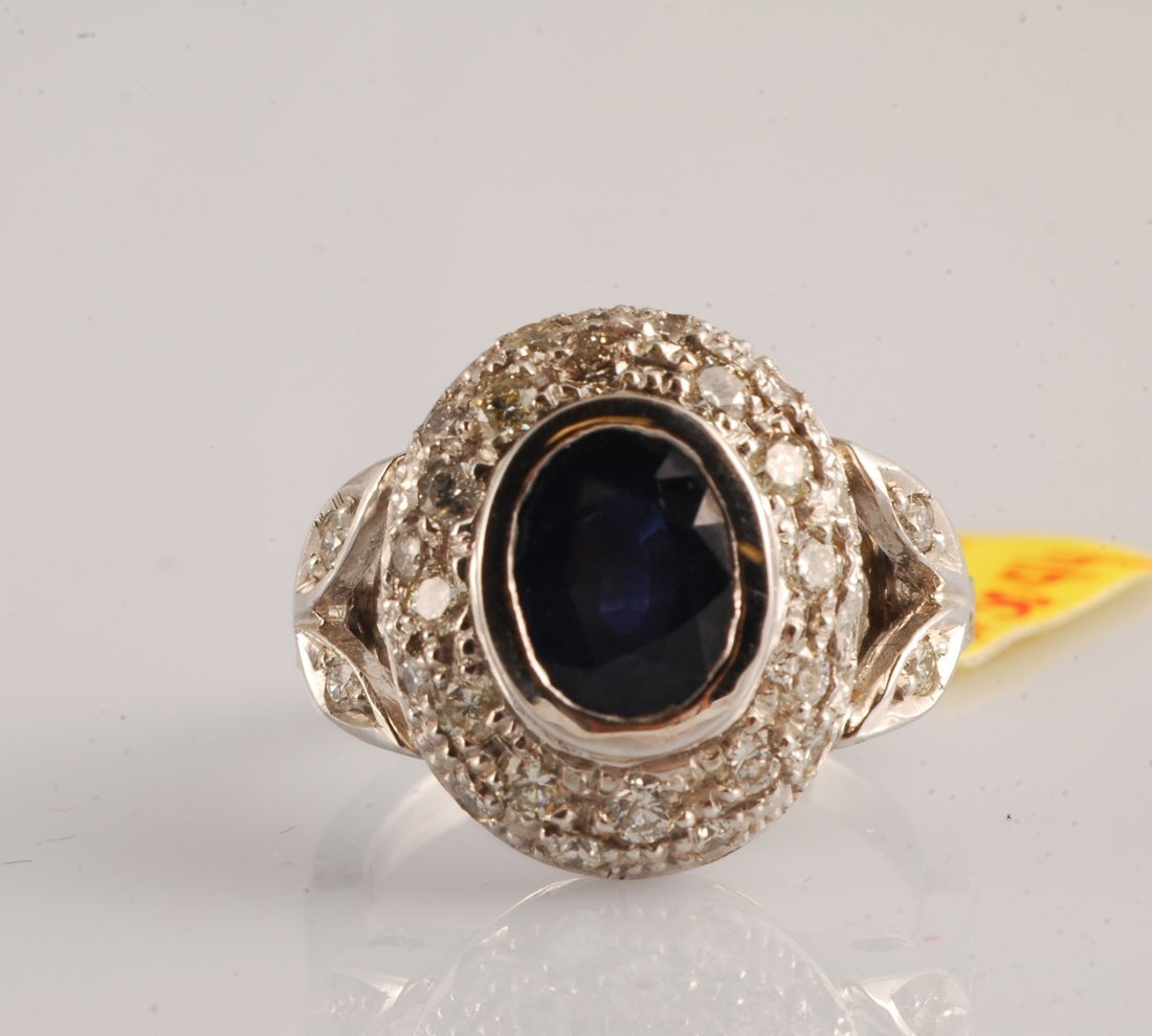 2.70 CT Sapphire and 1.32 CT DIADiamond Ring
