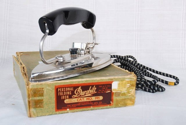 Vintage Winsted HDW. MFG. CO. Travel Iron