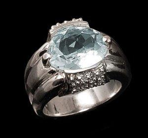 0.25ct Diamond & 3.55 Aquamarine Ring