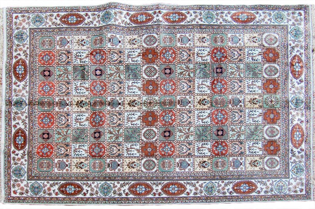 Large Oriental Tabriz Rug Blue/Tan/White 6' x 9'