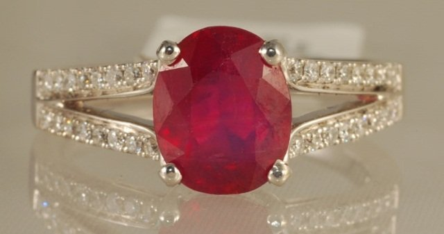 3.13ct Ruby and Diamond Ring in White Gold