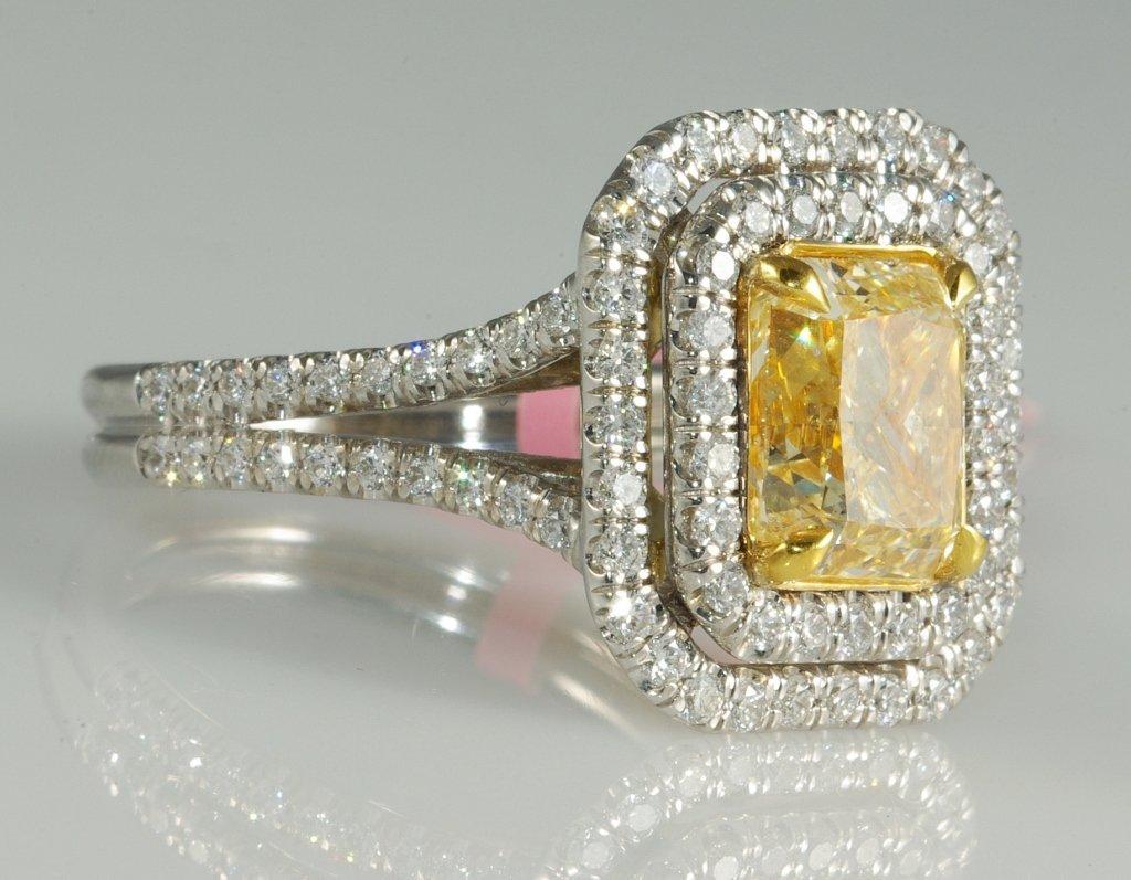 3.73ct Fancy Color Diamond Ring