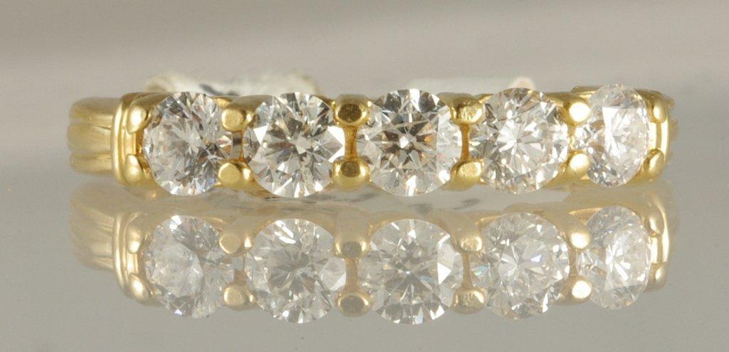 0.75ct Diamond Ring set in 18K Yellow Gold