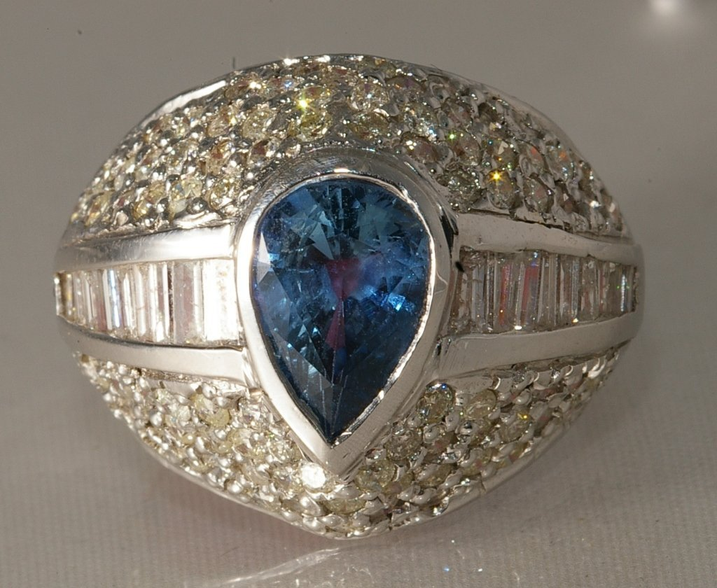 1.87ct Dia and 2.16ct Sapphire Ring