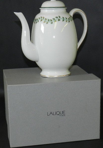 109:Lalique French Porcelain Tea Pot
