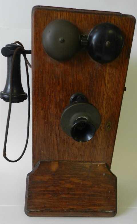 - 155: Antique 1913 Western Electric Oak Wall Phone