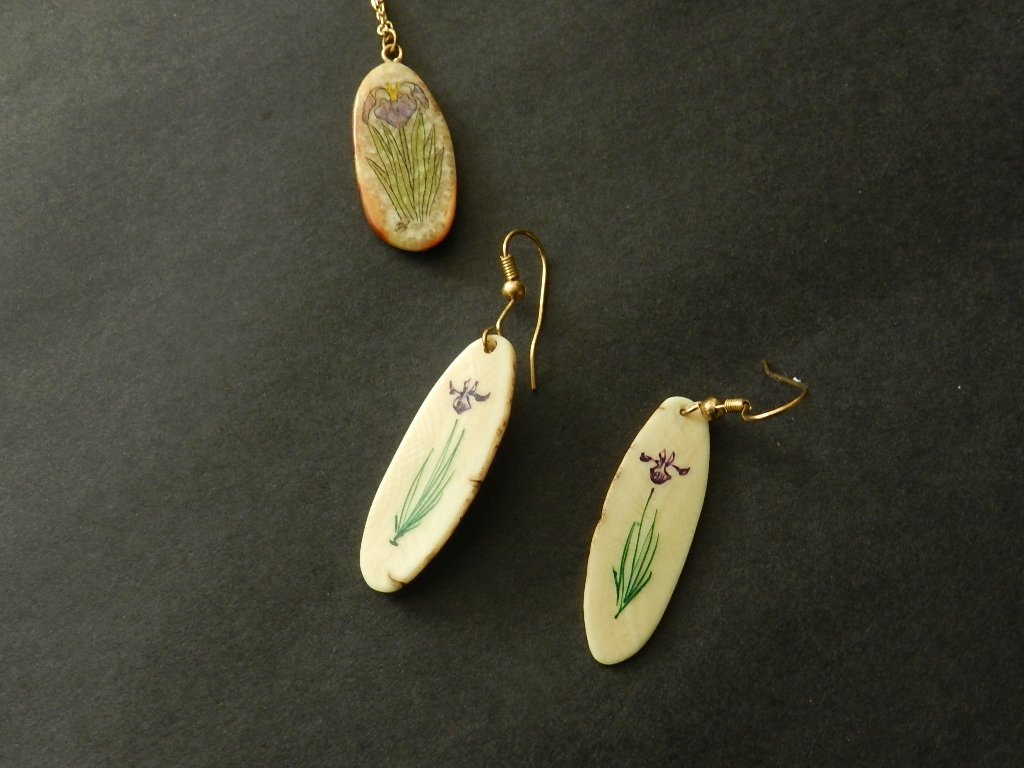 11: Hand Painted Ivory Pendant and Earings