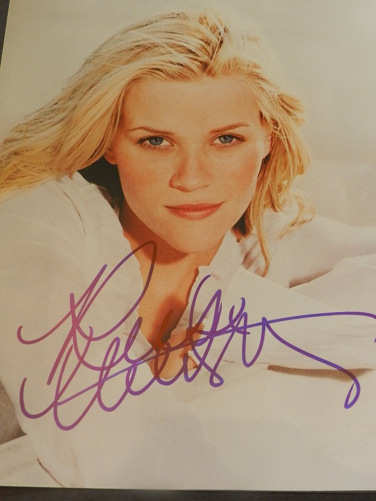 15: Reese Witherspoon Signed Photograph