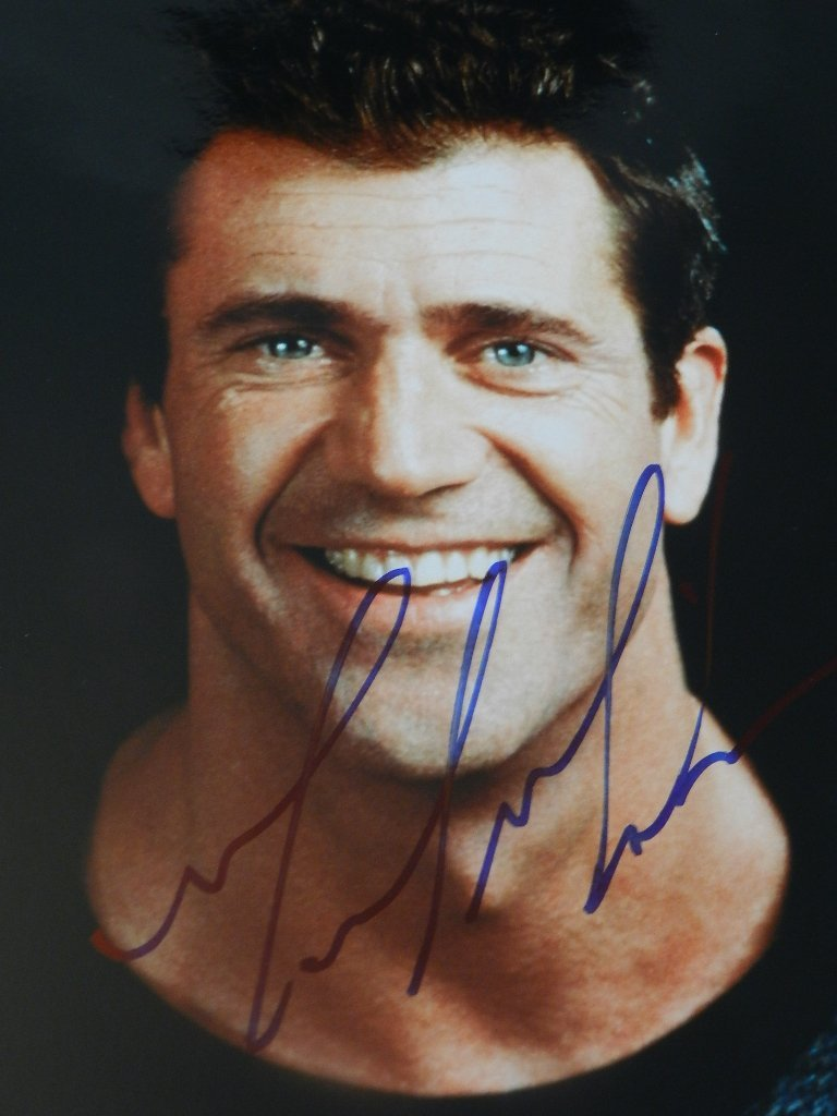 21: Mel Gibson Signed Photograph