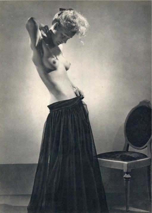 16: Richard McKinney Photo gravure - 1947  Nude
