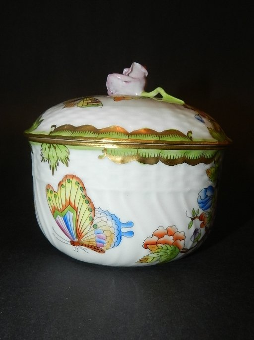 17: Herend Hand Painted Covered Large Sugar Bowl