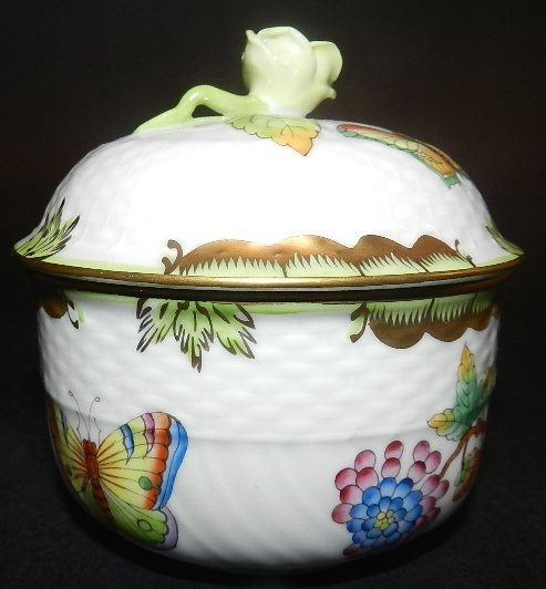 18: Herend Hand Painted Covered Small Sugar Bowl