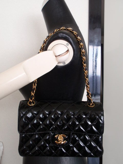 CHANEL BLACK PATENT DOUBLE FLAP BAG PURSE