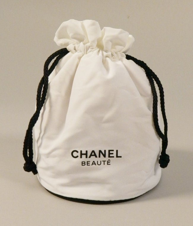 Chanel Women's Cosmetic Quilted Bag