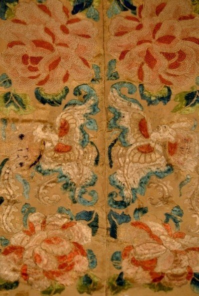 22: Chinese Embroidery