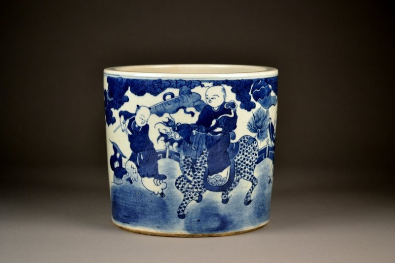 12: Chinese Blue & White Large Brush Pot.