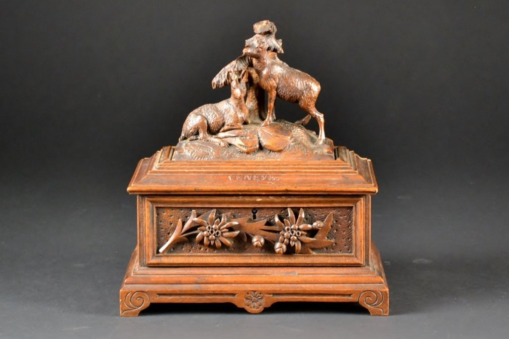 19c Finely Carved Black Forest Precious Items Box