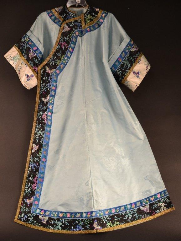 Chinese silk finely embroidered kimono wedding /  court