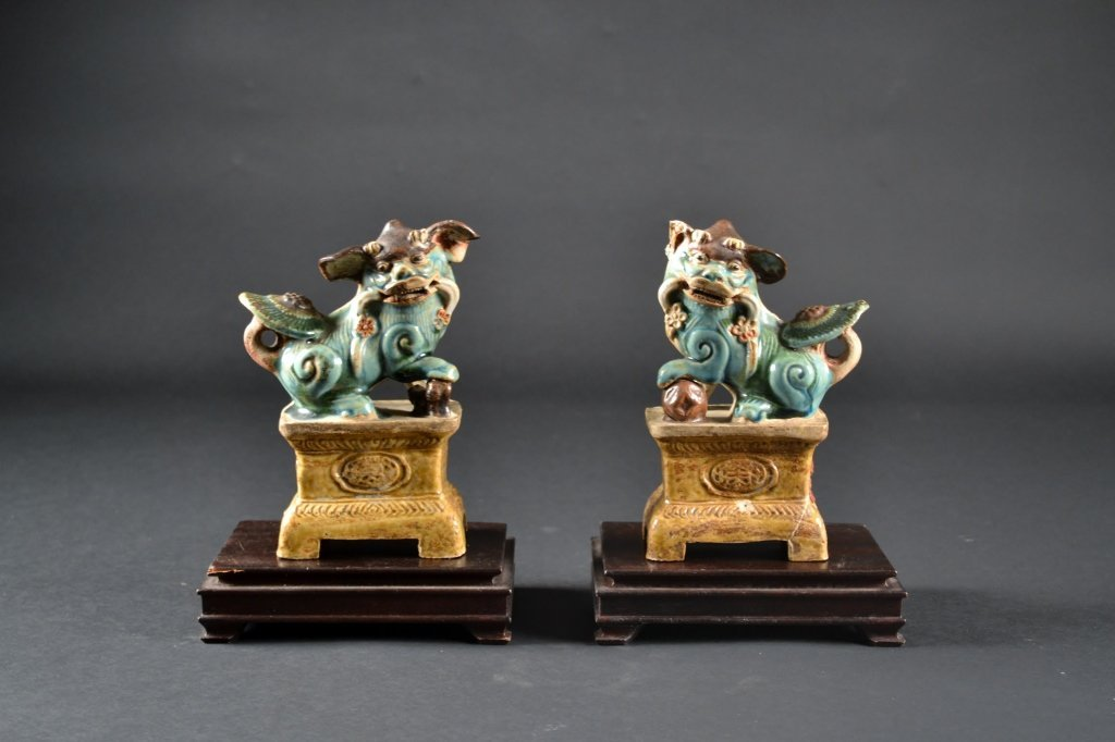 """Pair of Chinese Fu Dogs on Wooden Stands Size : 7"""" T"""