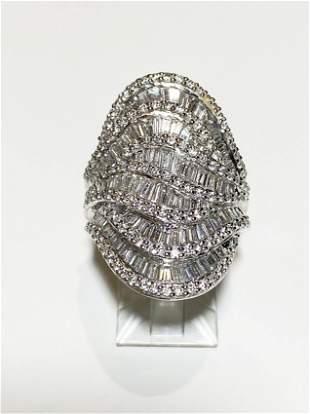 19k Gold White Gold Diamond Ring