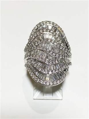 8K White Gold Diamond Ring