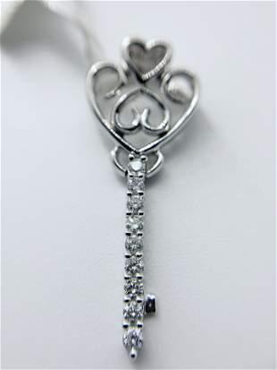 18kt White Gold Multi Diamond Heart Key Pendant